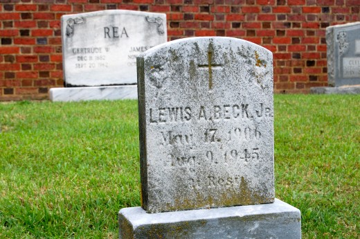 Holy Cross Cemetery (Richmond, Virginia)-13