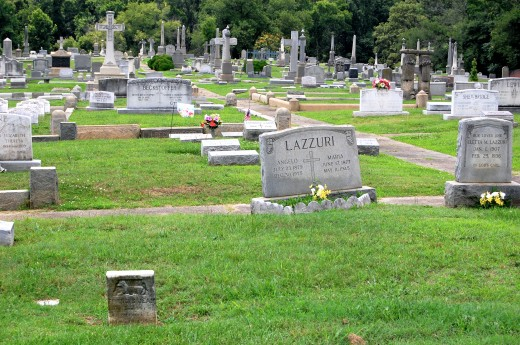Holy Cross Cemetery (Richmond, Virginia)-19