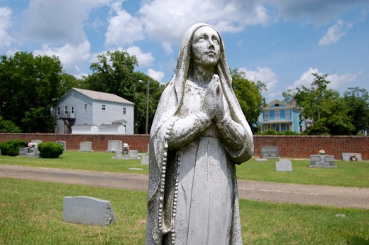 Holy Cross Cemetery (Richmond, Virginia)-2