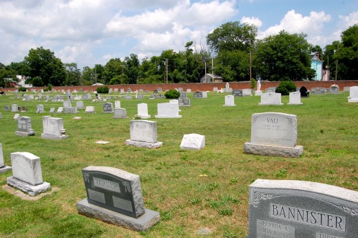 Holy Cross Cemetery (Richmond, Virginia)-6